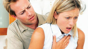 Чем опасен удушающий кашель у взрослого