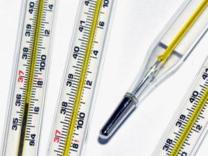 Сколько дней держится высокая температура при бронхите?