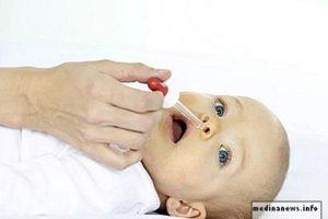 Советы родителям: как правильно лечить сопли у новорожденного